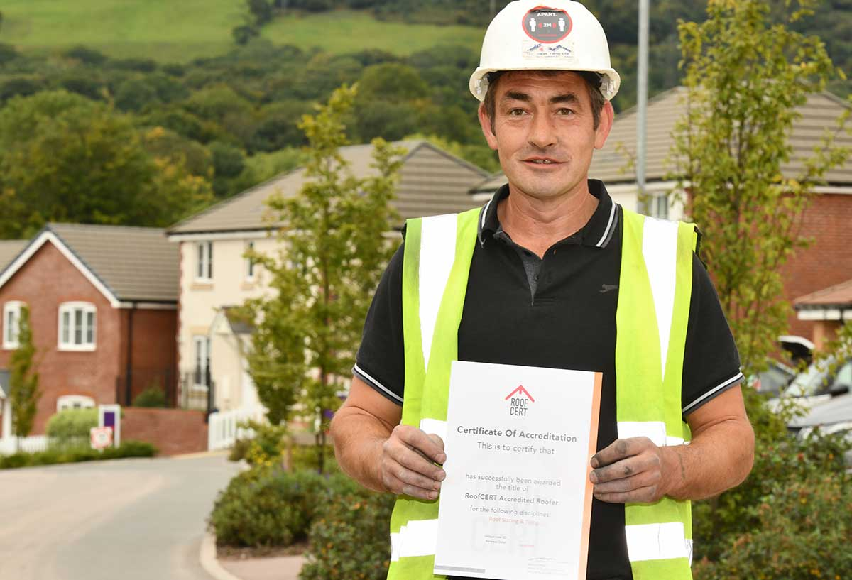 Treforest Tiling operatives receive their RoofCERT accreditation certificates